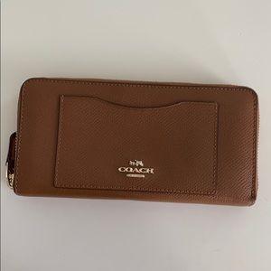 Coach Dark Brown/Tan Wallet!